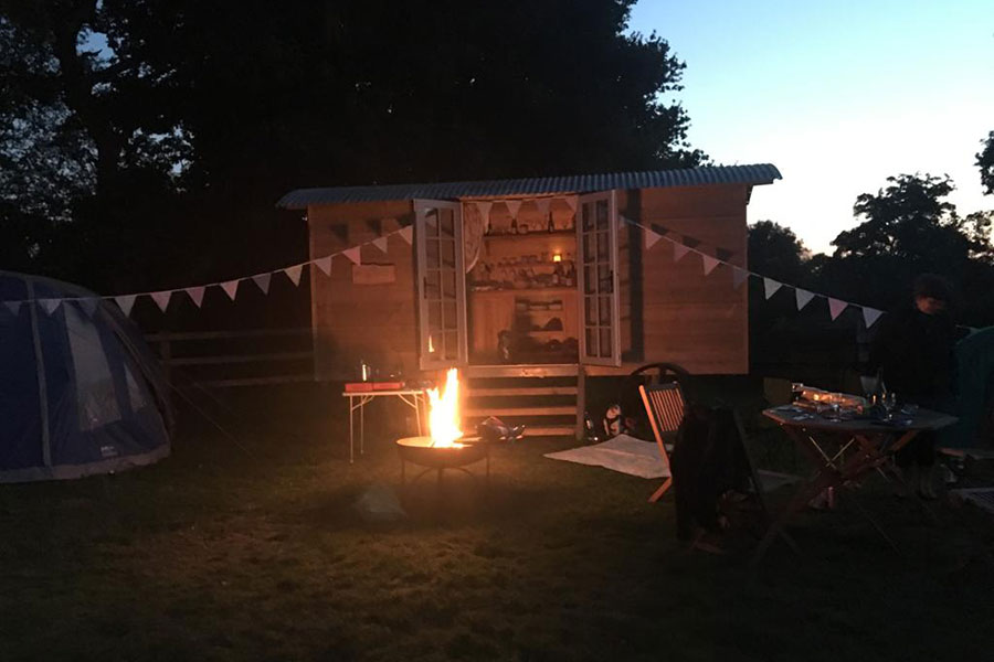 Shepherds hut evening dining